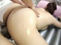 Karin Kusunoki best sex in the tub action